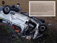 Pri smrteľnej zrážke s kamiónom vyhaslo osem ľudských životov.