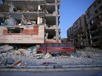 Zemetrasenie si vyžiadalo už vyše dvesto obetí