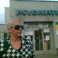 Nora Mojsejová krátko potom, ako navštívila manžela na psychiatrii.