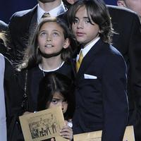 Deti zosnulého Michaela Jacksona