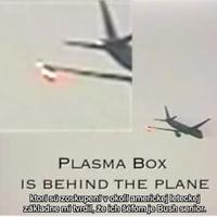 Lietadlo zhadzuje neznámu hmotu