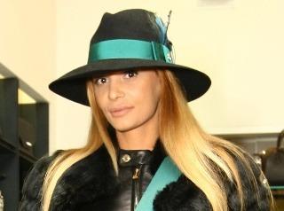 Andrea Heringhová v klobúčiku za 700 eur.