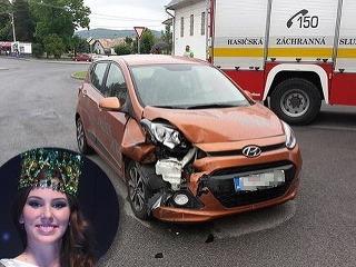 Miss Slovensko 2014 Laura Longauerová nebola jediná, do ktorej šialenec nabúral.