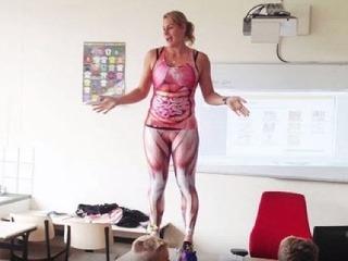 Učiteľka chcela naučiť deviatakov