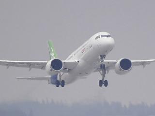 Čínske dopravné lietadlo C919