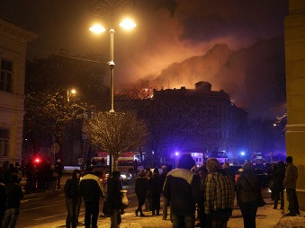 Znovurozhorenie Univerzity v Košiciach, nový zásah hasičov: Miliónové škody, príchod Kažimíra