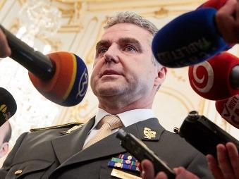 Policajný prezident čelí škandálu: Konšpiračný pamflet o diablovi, sme otrokmi v EÚ