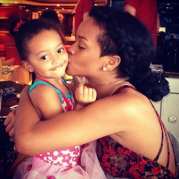 Rihanna prekvapila roztomilými fotkami,