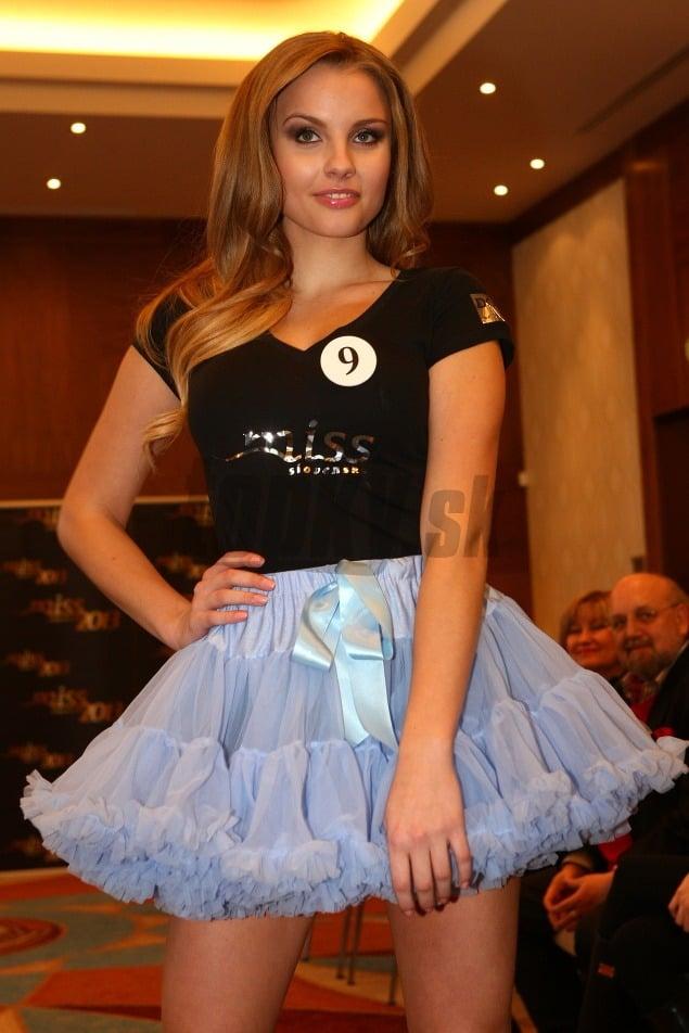 Road to Miss Slovensko 2013 - meet the contestants Dievca-modelky-Slovensko-Miss-Foto--Jan-Zemiar-Sebestova-5D-Krajcirova-Top-12