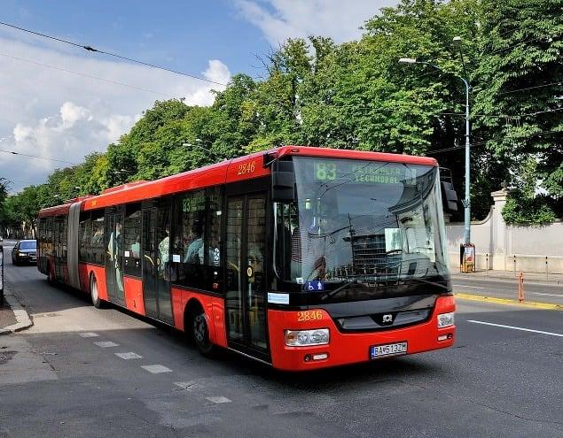 Autobusy jazdia po Bratislave