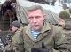 Ruský vojak v pozadí