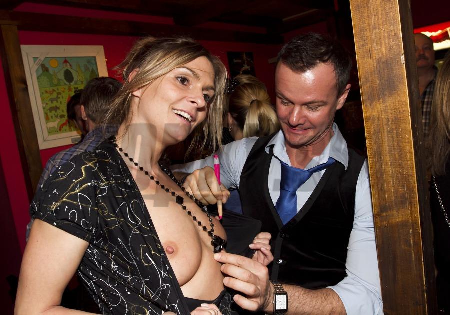 sex na party nahe ceske celebrity