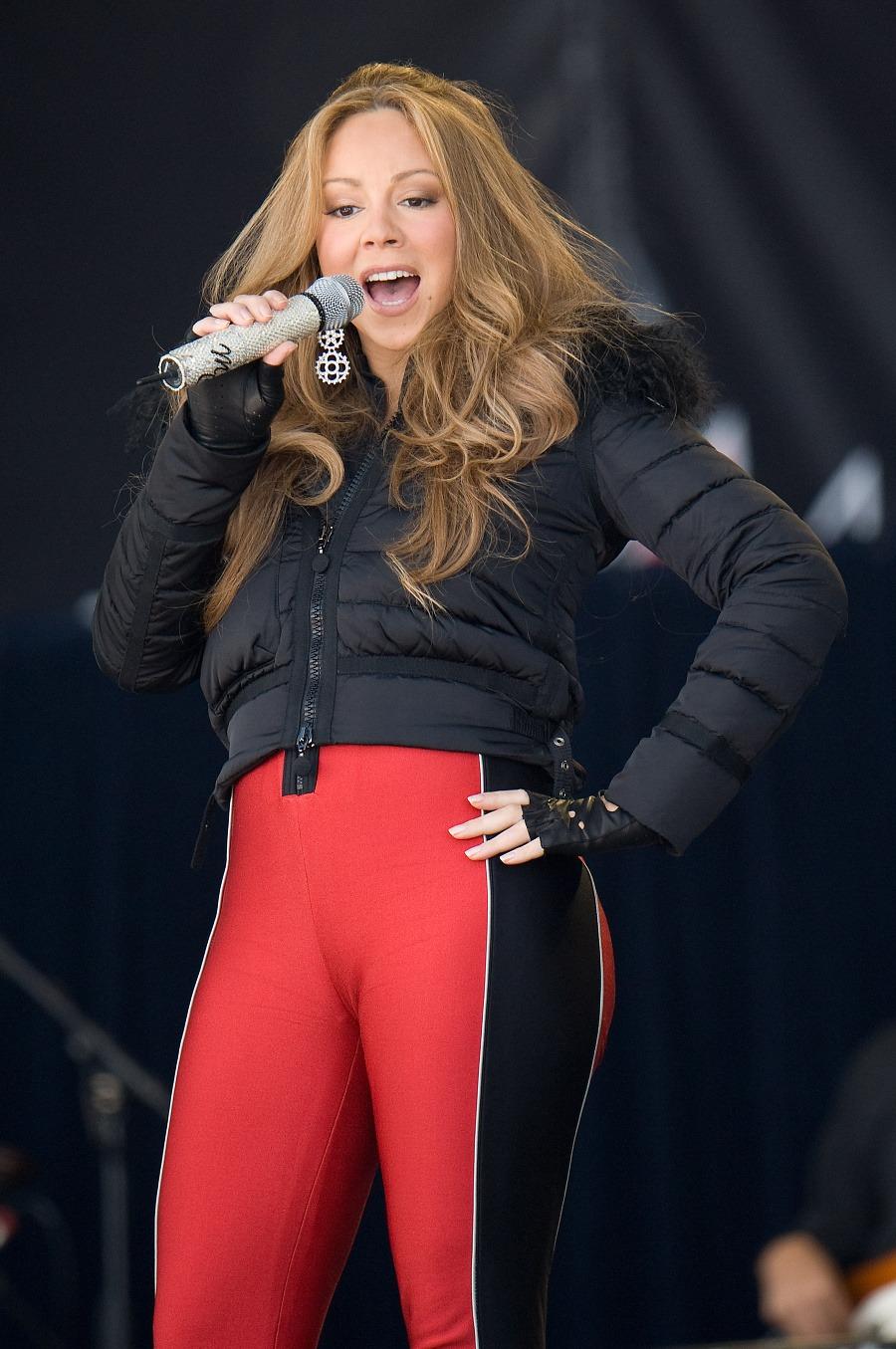 Mariah Carey v pritesných nohaviciach: Opäť ukázala hrošie