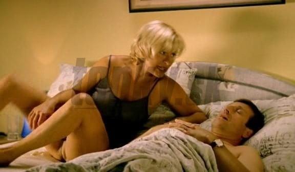 brite-genitaliy-v-porno