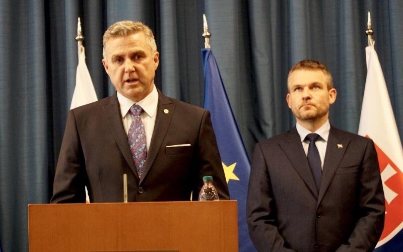 MIMORIADNA SPRÁVA Gašpar skončí, oznámil Slovensku Pellegrini | Topky.sk