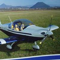 Dvojmiestne lietadlo Viper stojí približne 2 milióny Sk.