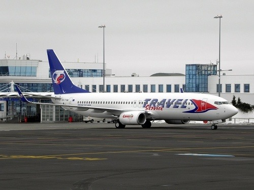 Lietadlo travel service s deťmi muselo núdzovo pristáť