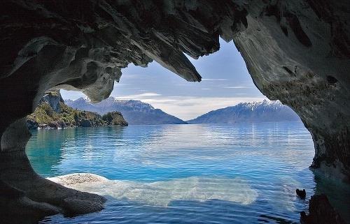 Výsledok vyhľadávania obrázkov pre dopyt Mramorová jaskyňa, Patagónia (Argentína, Čile)obrázky