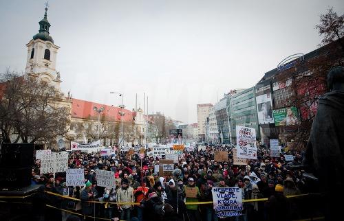 Gorila 2 - Bratislava