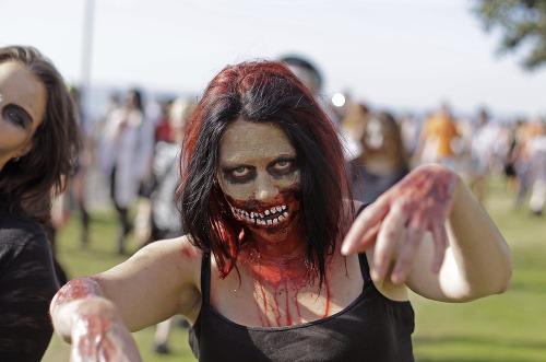 Fotoreportáž strašidelný halloween: svet zaplavili temné bytosti