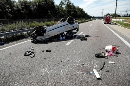 Tragická nehoda slovákov vo švajčiarsku: zahynul muž (†33) a