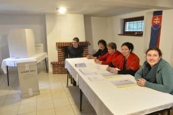 Volebná komisia v Drietomej