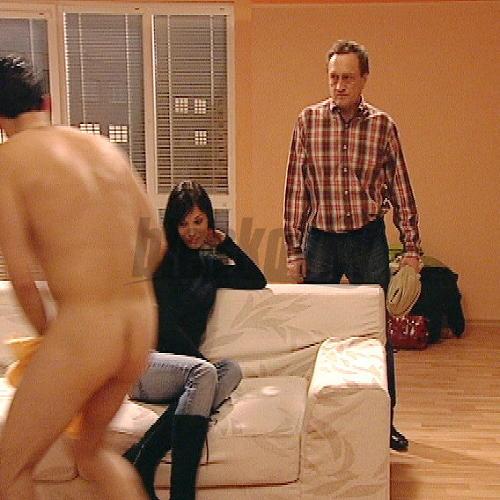 dnes večer eskorty nahý