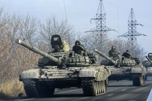 Poplach na ukrajine: stovky tankov a vojenské lietadlá, armáda