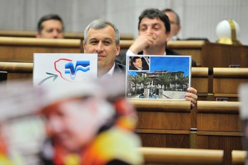 49. schôdza Národnej rady