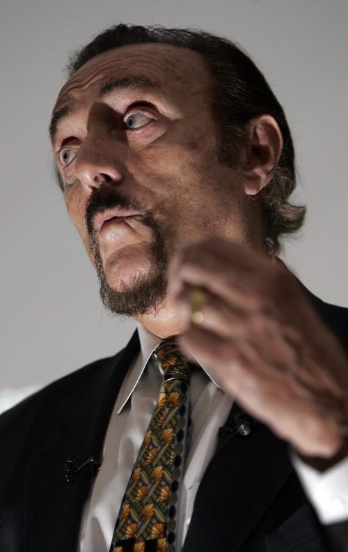 Svetoznámy psychológ varuje: Spoločnosť