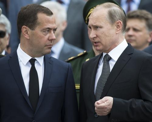 Dmitry Medvedev a Vladimir