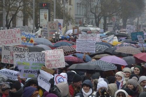 Učitelia rozhýbali Slovensko: 9
