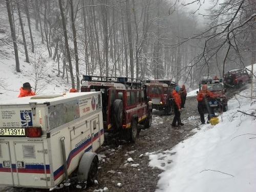 FOTO Zúfalí záchranári na