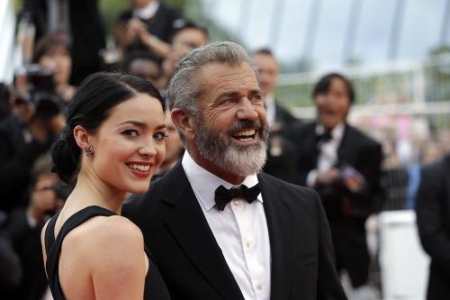 Resultado de imagen para Mel Gibson y Rosalind Ross