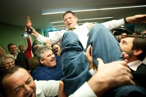 Robert Fico s colou