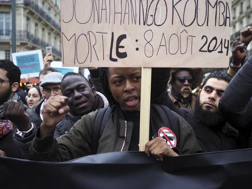 Protestov proti policajnej brutalite
