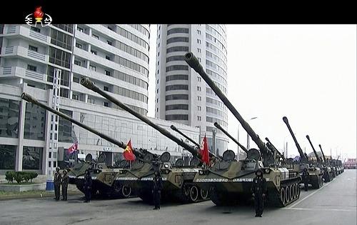 Severná Kórea oslavuje 105.