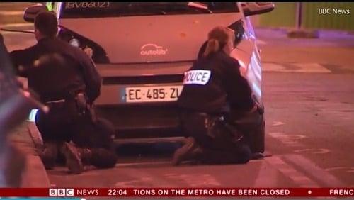 Reportéri v Paríži nakrútili