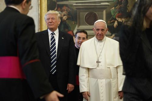 Donald Trump a pápež