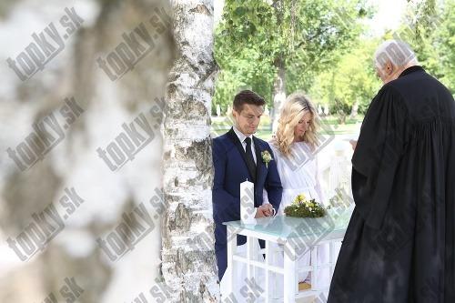 Najkrajšie svadobné FOTO Adely