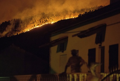 Ohnivá pasca v Portugalsku,