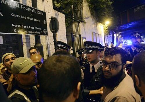 Dodávka narazila do moslimov