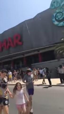Poplach v nákupnom centre