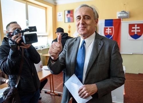 Ján Greššo počas volieb.
