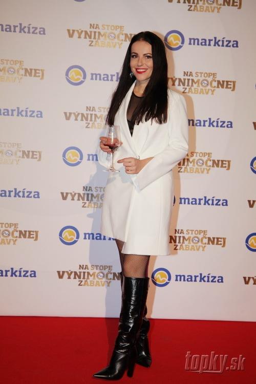 Speváčka Katka Knechtová