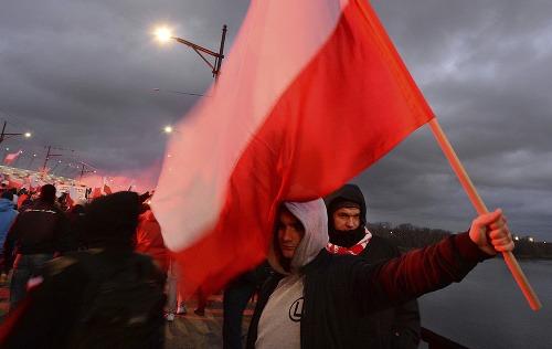 Varšavou pochodovali desiatky tisíc