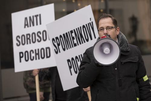 Mimoriadny Anti-Sorosov pochod s