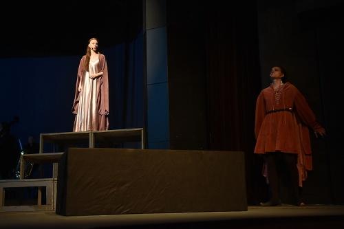 Júlia, Romeo