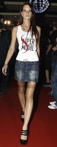 Finalistka súťaže Supermodel of the World.