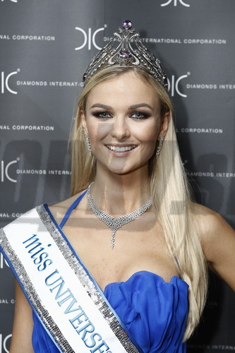 Miss Universe 2010 - Anna Amenová.
